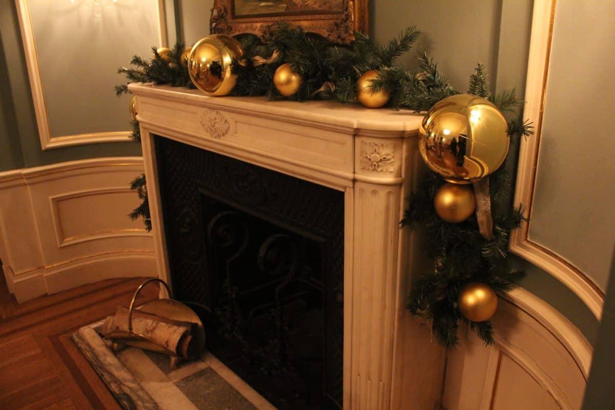 Why Christmas in Toronto Rocks