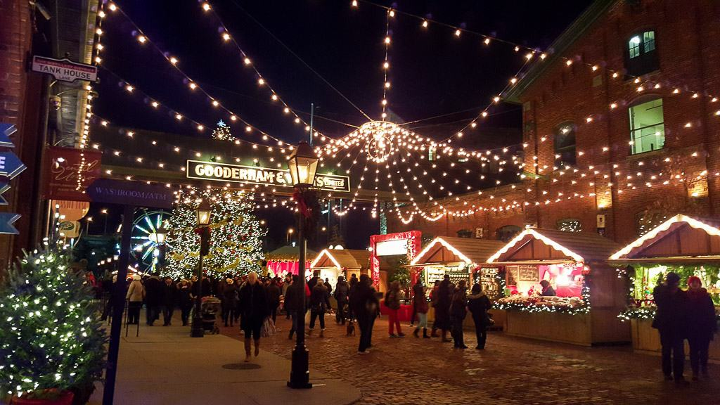 Toronto Traditions: Toronto Christmas Market at the Distillery District