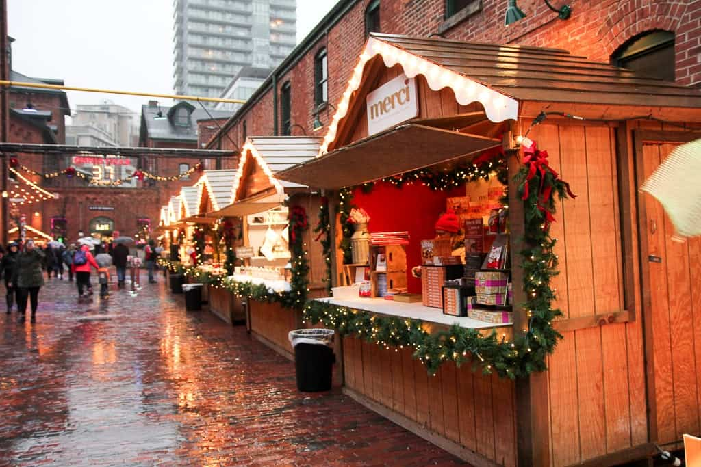 toronto traditions  toronto christmas market at the distillery district