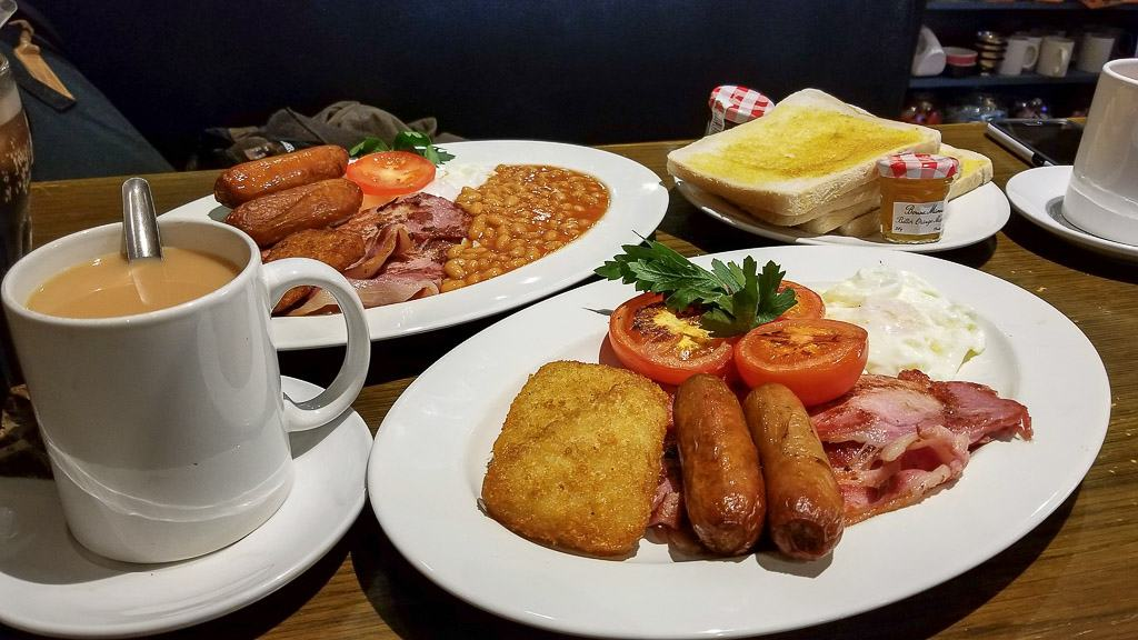 a full english breakfast is one of the food experiences to have in london