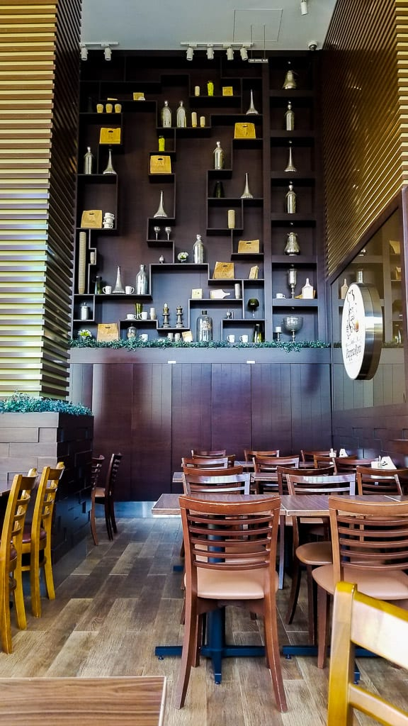PappRoti is one of the places to eat in Dubai