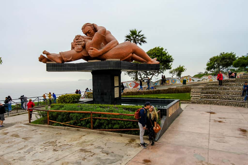 Visiting Parque del Amor is one of the things to do in Miraflores
