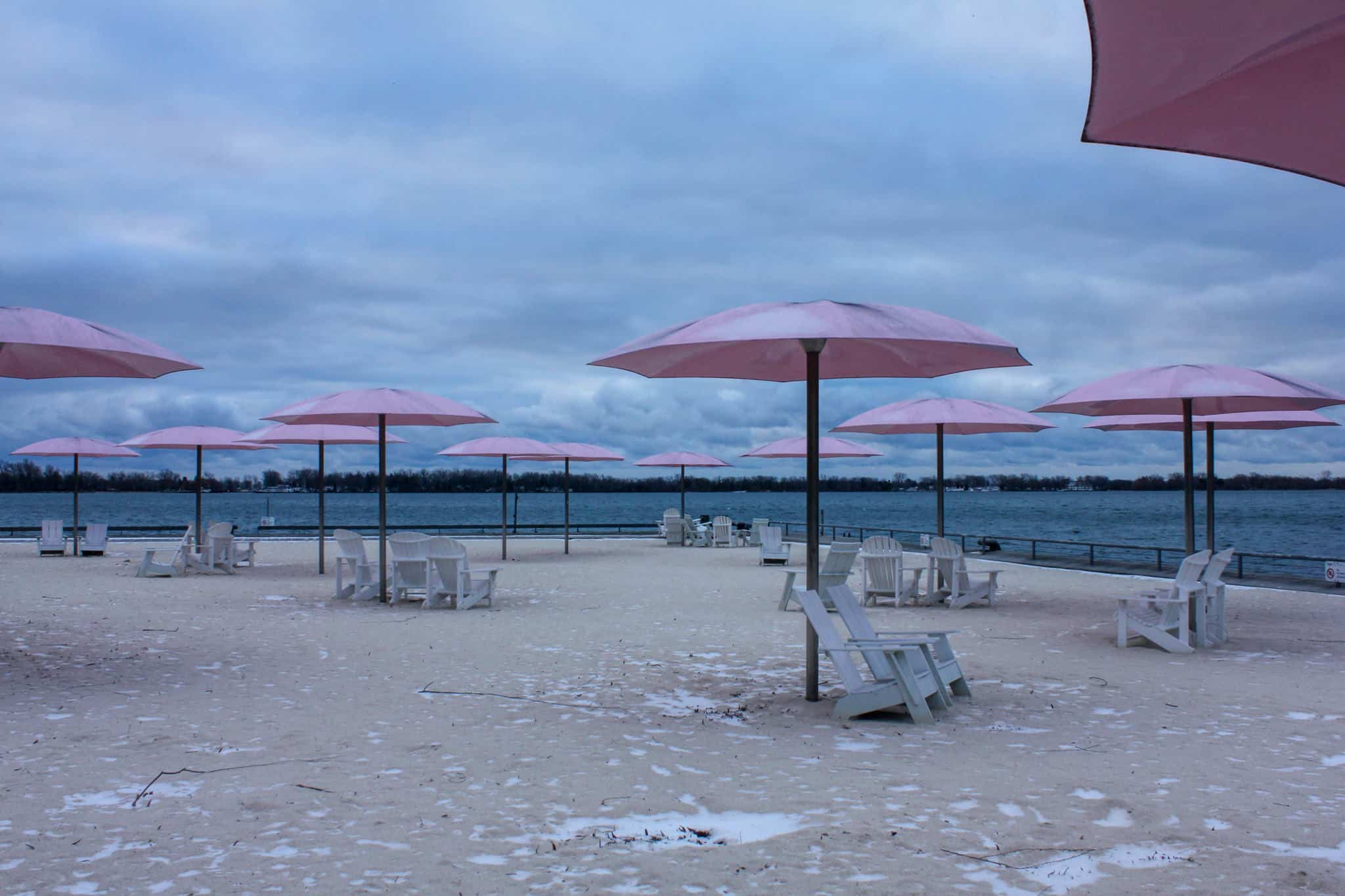 Checking out Sugar Beach is one of the free things to do in Toronto