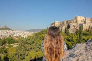 Visiting the Acropolis is one of the things to do during 2 days in Athens
