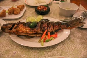 Ikan Bakar is one of the best Indonesian food dishes to try